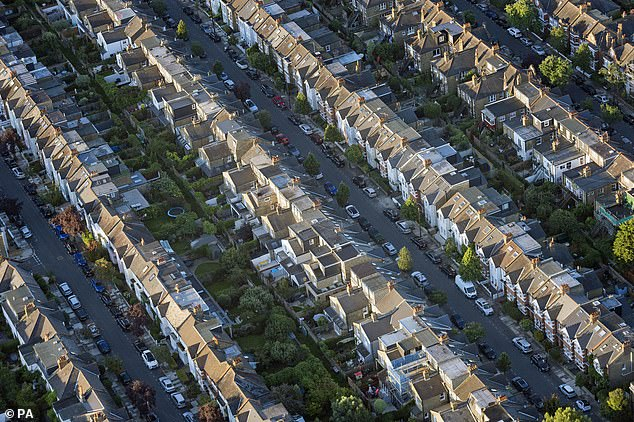 Experts say that house price growth could be set to decline as we move into 2021