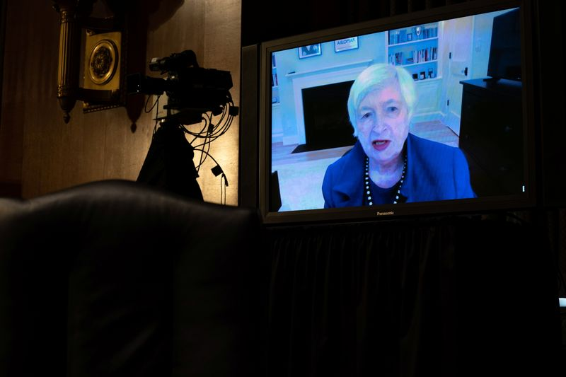 © Reuters. Yellen participates remotely in a Senate Finance Committee hearing in Washington