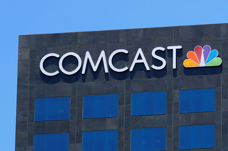 © Reuters.  Comcast Earnings, Revenue beat in Q4