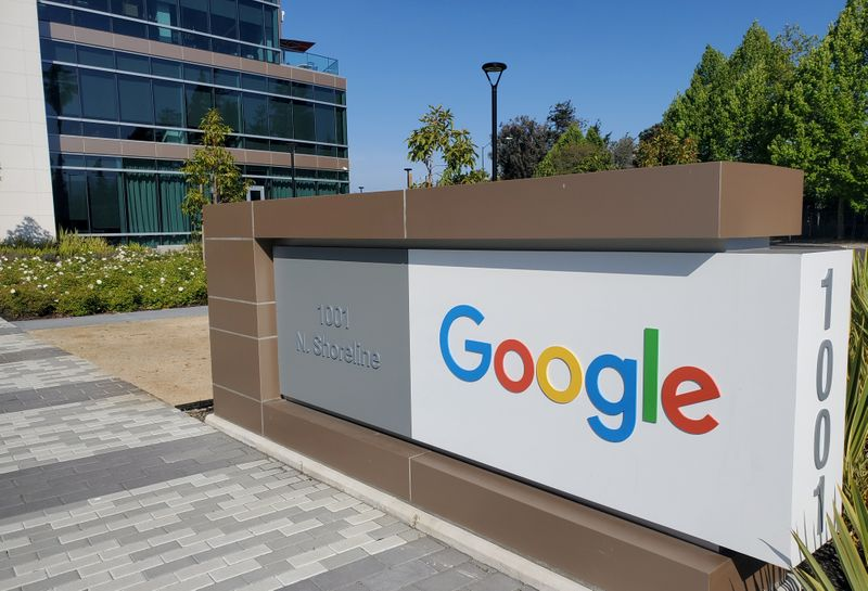 © Reuters. FILE PHOTO: A sign is pictured outs a Google offcie near the company's headquarters in Mountain View, California