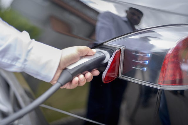 More electric car charging points could be set up in Portsmouth