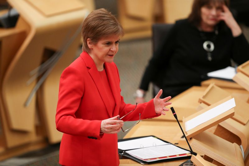 © Reuters. FILE PHOTO: Scottish First Minister Sturgeon speaks at Parliament in Edinburgh