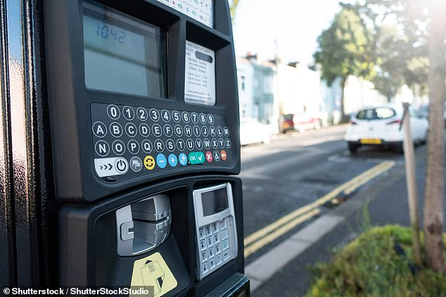 It is impossible for payment machines in car parks to swallow a bank card, so motorists are warned to no fall foul of the false claims made by criminals preying on unwitting drivers