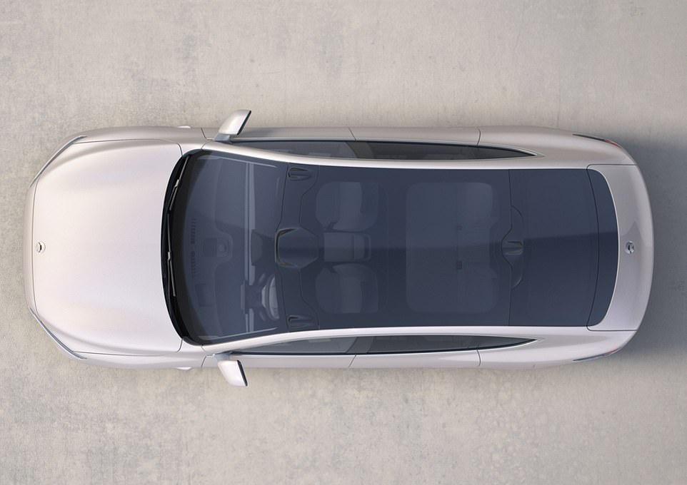 The ET7 measures in at 5,098mm long, 1,987mm wide and 1,505mm high - all dimensions that marginally eclipse those of a Tesla Model S
