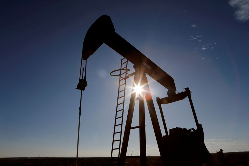 Oil rises on fears of heightened tensions in Middle East