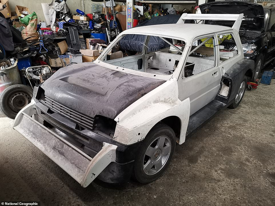 When Car SOS collected the car, the low-production, ultra-rare, racer was nothing more than a rolling chassis that was missing most of its components