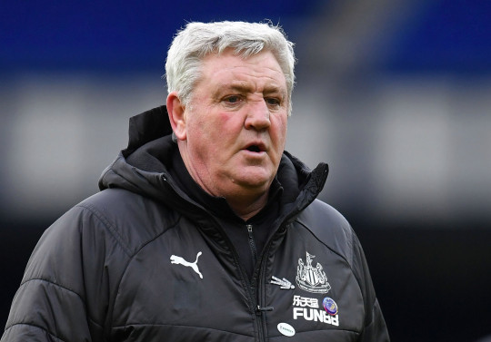 Newcastle United's English head coach Steve Bruce leaves the pitch after during the English Premier League football match between Everton and Newcastle United at Goodison Park in Liverpool, north west England on January 30, 2021. - Newcastle won the match 2-0. (Photo by Paul ELLIS / POOL / AFP) / RESTRICTED TO EDITORIAL USE. No use with unauthorized audio, video, data, fixture lists, club/league logos or 'live' services. Online in-match use limited to 120 images. An additional 40 images may be used in extra time. No video emulation. Social media in-match use limited to 120 images. An additional 40 images may be used in extra time. No use in betting publications, games or single club/league/player publications. / (Photo by PAUL ELLIS/POOL/AFP via Getty Images)