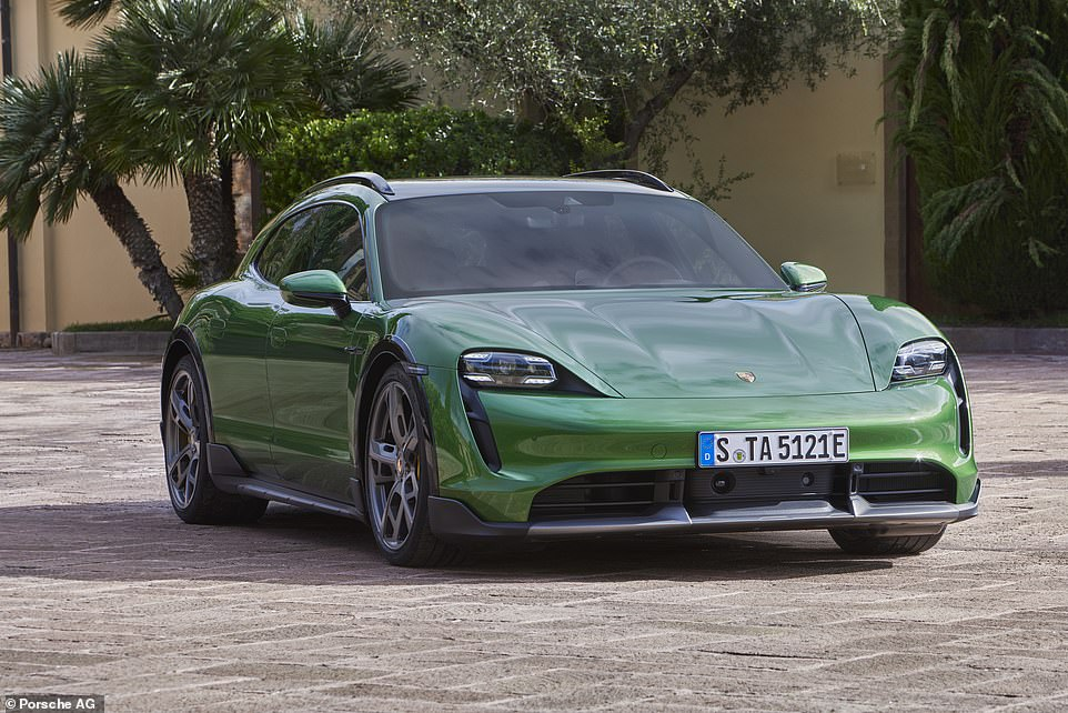 This enables the range-topping version to accelerate from a standing start to 62mph on just 2.9 seconds, to 100 mph in 6.2 seconds, and 124mph in 9.7 seconds, up to top speed 155 mph