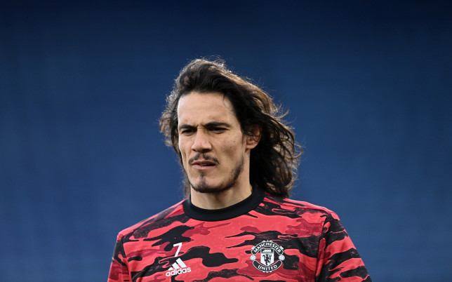 Edinson Cavani looks on before Manchester United's FA Cup clash with Leicester City