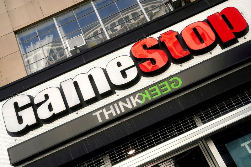 GameStop names Amazon executive as chief growth officer