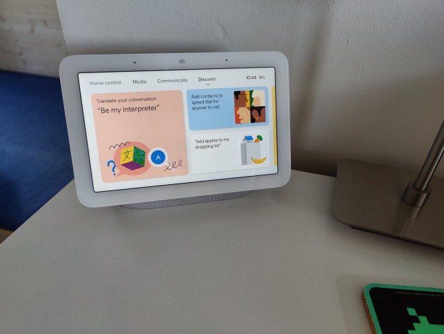 The Google Nest Hub gives you an at-a-glance dashboard for your digital life (Metro.co.uk)