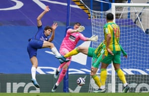 Marcos Alonso goes close for the Blues.
