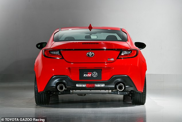 At the back, the chunky rear bumper incorporates a new diffuser and twin exhaust outlets
