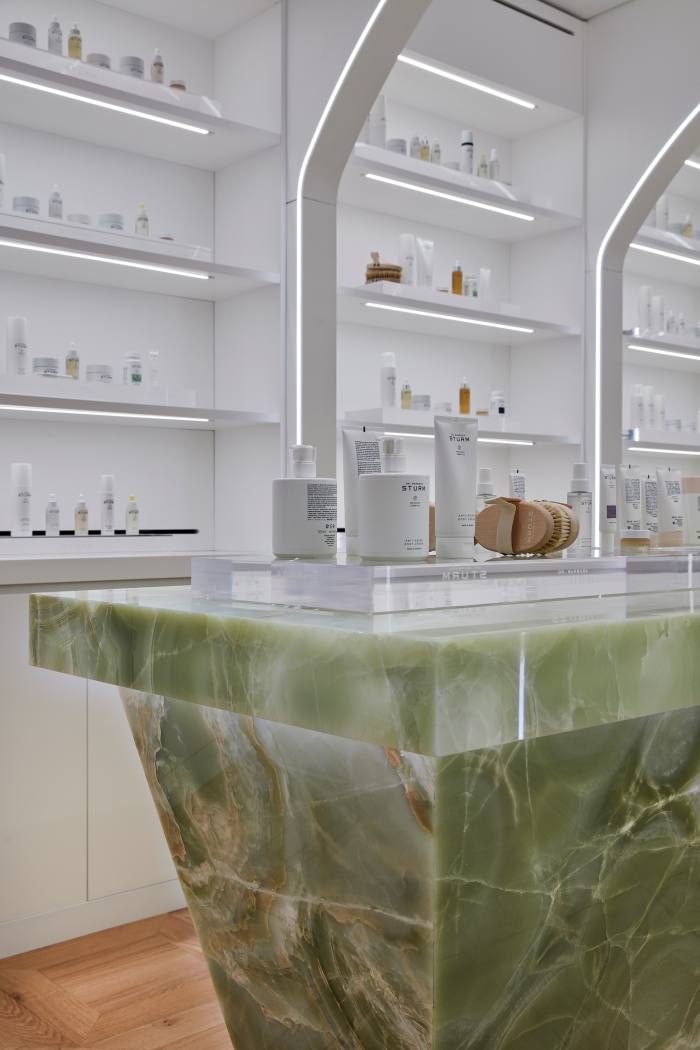 "The ""Discovery Table'""made from Italian green onyx"