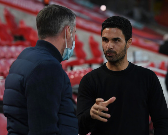 Jamie Carragher and Mikel Arteta chat