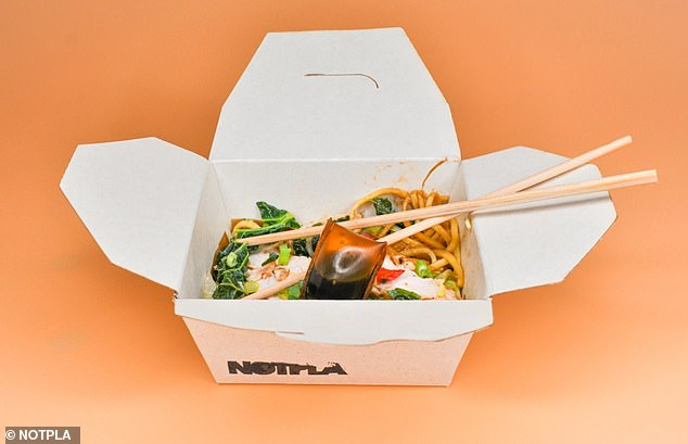 The seaweed-lined takeaway boxes are fully recyclable, and can decompose in four weeks in a home compost, according to Notpla