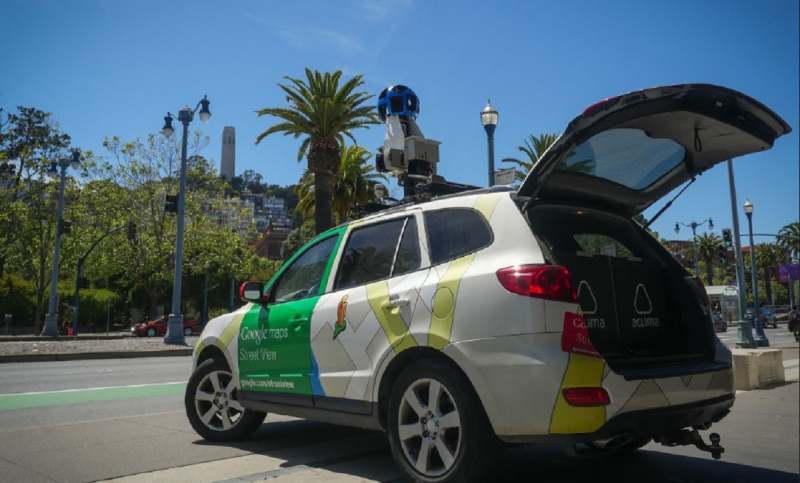 Aclima uses Google Street View cars to mesaure pollution.