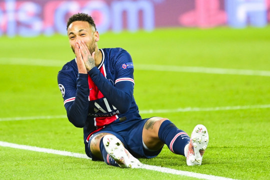 Neymar appears set to so sign a new contract and remain at PSG