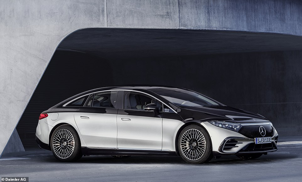 The new EQS comes with   rear-axle steering which reduces the turning circle of this large car to just 10.9 metres. In the UK this tech will be on the electric EQS before it appears on the new S-Class