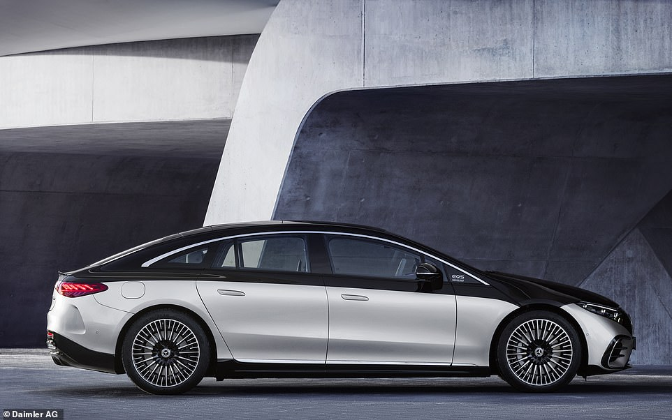 With a length of 5216mm a width of 1926mm and a height of 1512mm, the new EQS is 73mm shorter, 5mm wider and 9mm taller than the new long-wheelbase S-Class saloon