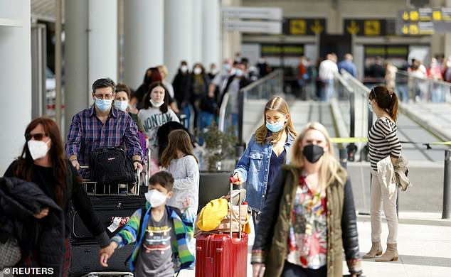 Americans who are fully vaccinated can safely travel internationally, the Centers for Disease Control and Prevention announced Friday