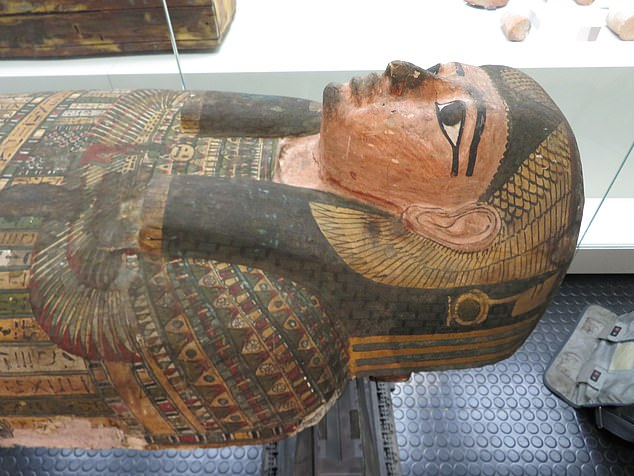 Famous female mummy Takabuti died about 2,600 years ago after being stabbed int he back with an axe, not a knife as previously claimed, according to a new study