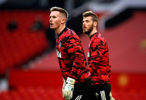 De Gea now appears to be behind Henderson in the pecking order