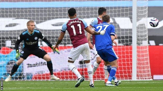 Jesse Lingard scores his first goal for West Ham against Leicester