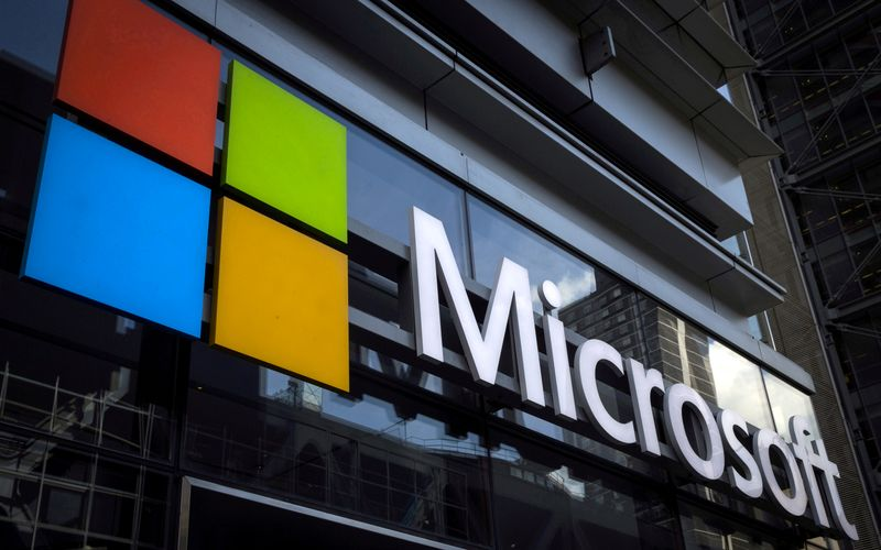 Microsoft says investigating issues with Microsoft 365 services and features