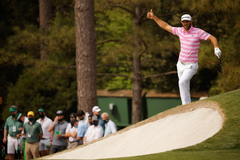 Rose grabs control of Masters while many top players struggle