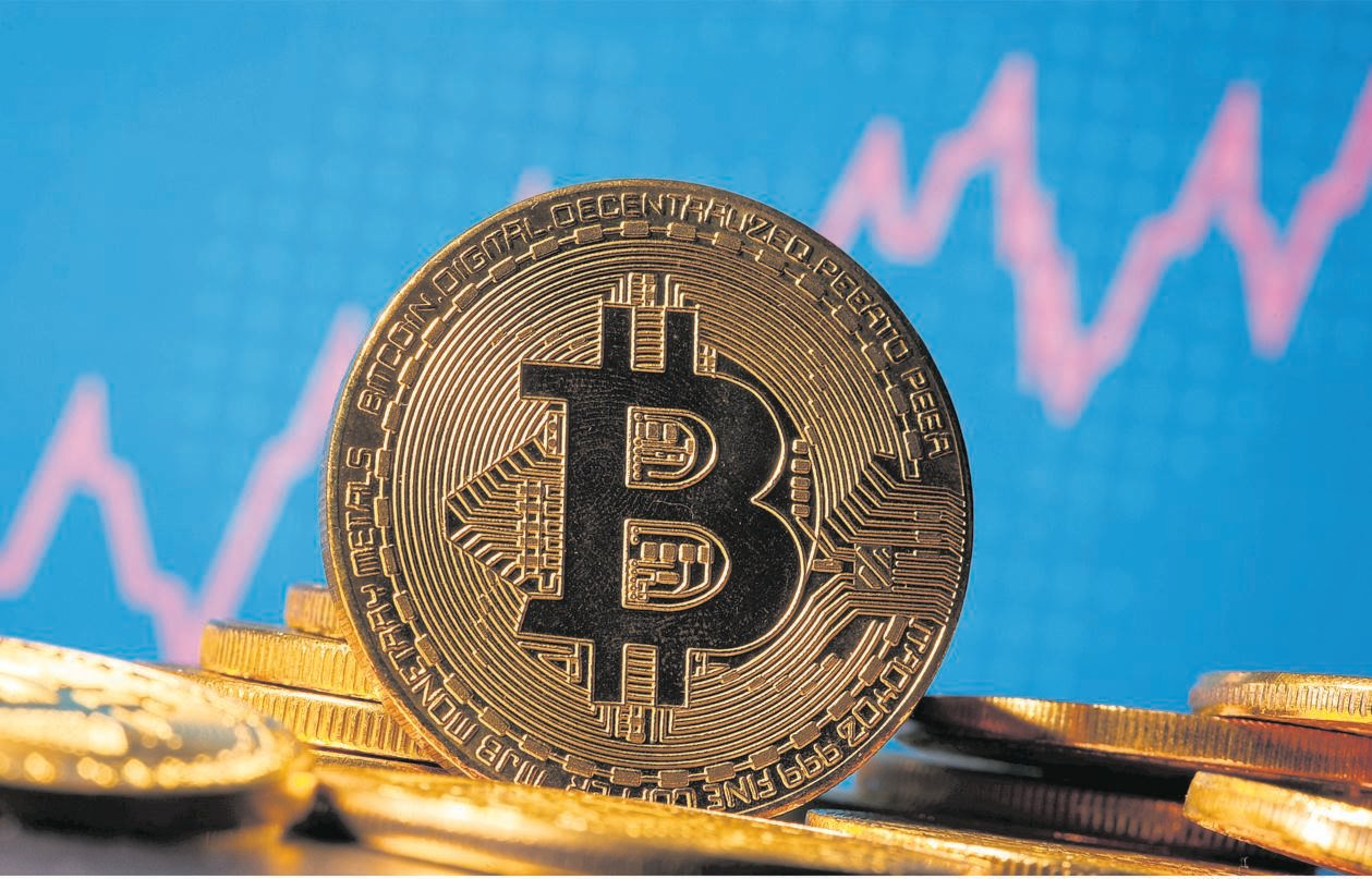 Digital currencies take a dive Bitcoin and other digital currencies plunged yesterday, a slide likely to stoke speculation about the durability of the boom in cryptocurrencies. Bitcoin slumped as much as 8,7% — the most since early August — while other digital coins like Ether posted double-digit percentage declines. The Bloomberg Galaxy Crypto Index at one point slid more than six percent. Even with the retreat, Bitcoin has more than doubled this year and until recently was knocking on the door of the record high of $19 511 set in 2017. Crypto believers tout purchases by retail investors, institutions and even billionaires, as well as the search for a hedge against dollar weakness, as reasons why the boom can last. PHOTO: Reuters