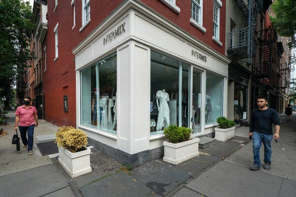 Gap bought Intermix in 2012 with plans to expand it, but the brand had one fewer store by the time it was sold.
