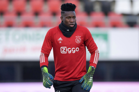 Andre Onana of Ajax during warming-up during the Dutch Eredivisie match between AZ and Ajax at Afas Stadion on January 31, 2021 in Alkmaar, Netherlands
