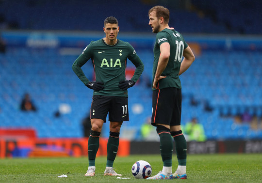 Erik Lamela failed with his attempt at a rabona in Spurs' defeat to Leeds