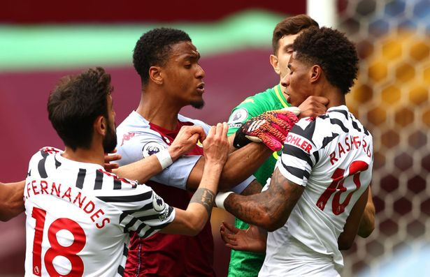 Fernandes was quick to try and diffuse the situation between Rashford and Konsa