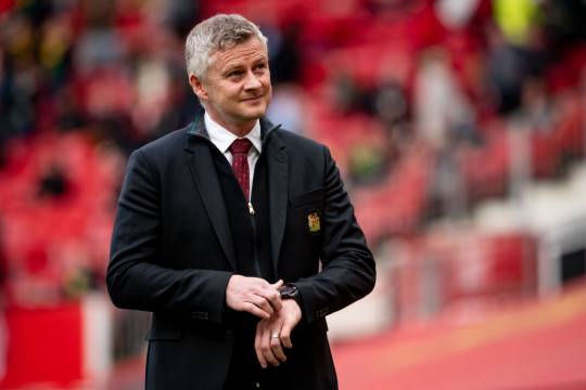 Ferdinand is backing Solskjaer's side to emerge victorious