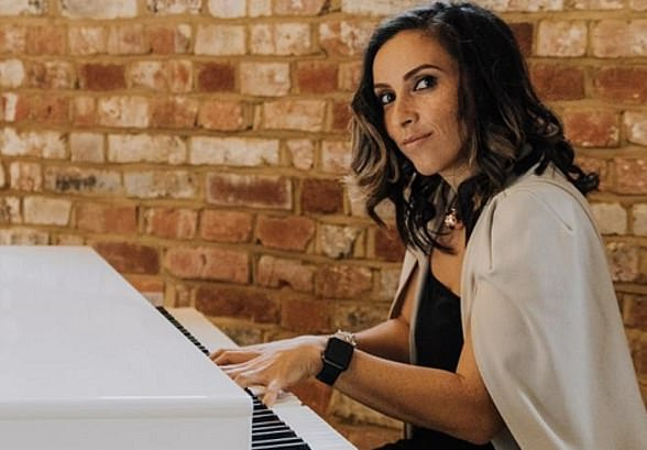 Wedding pianist Zoe Alexandria, 34, has lost around £35,000 worth of income during the pandemic