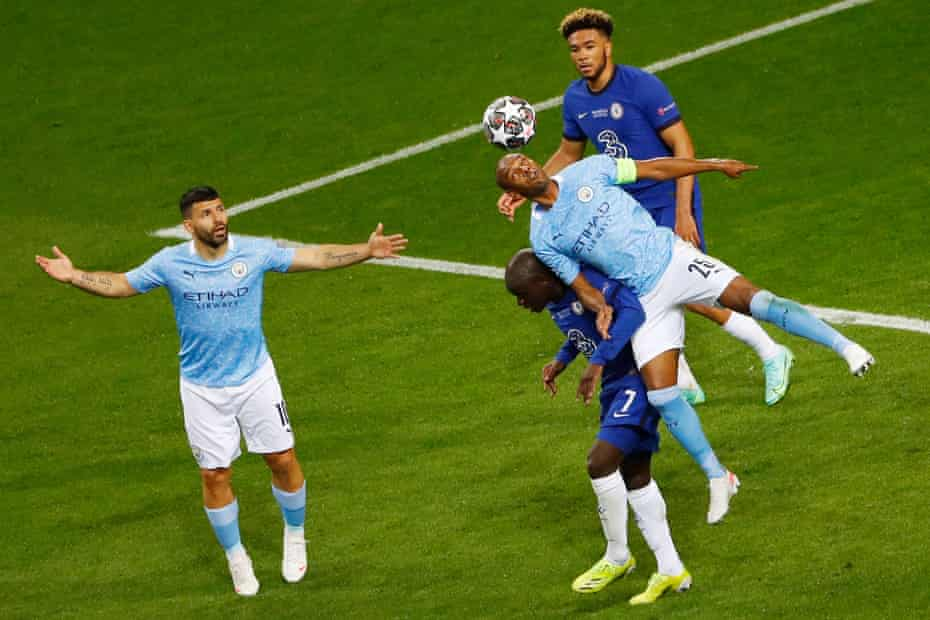 Fernandinho came on as a second-half substitute for Manchester City, who started the game without a defensive midfielder.