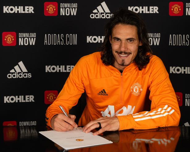 Manchester United star Edinson Cavani signed a contract extension with the club earlier this month which reportedly contains some lucrative bonuses