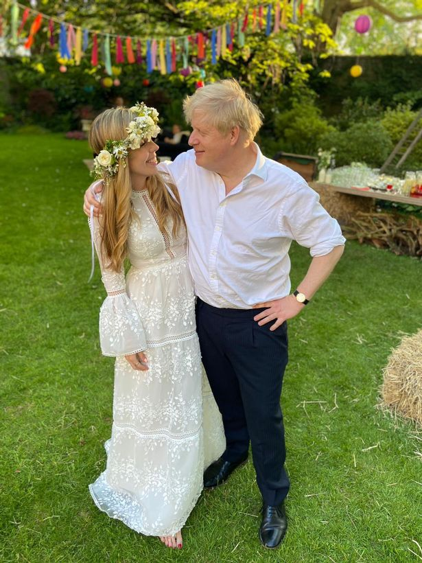 Prime Minister Boris Johnson and Carrie Johnson in the garden of 10 Downing Street after their wedding