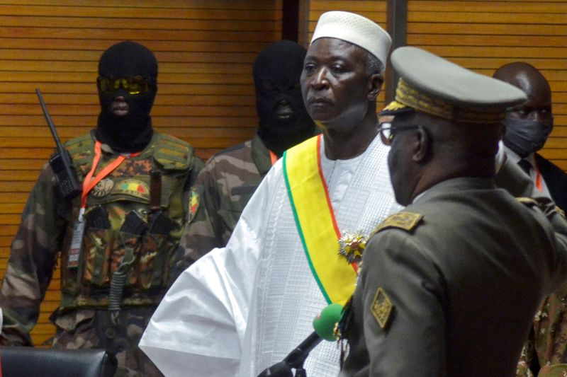 Mali president and prime minister freed by military after resigning