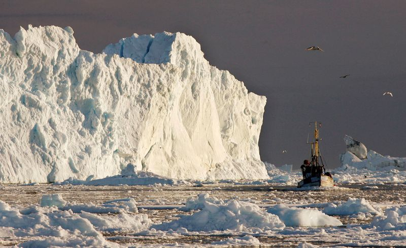 Melting of Greenland ice may accelerate as glaciers get shorter - study