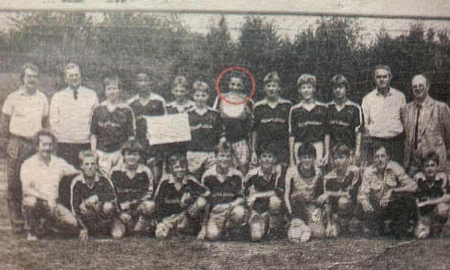 Thomas Tuchel (circled) after helping his team to win the German Schools Championship in Berlin in 1987.