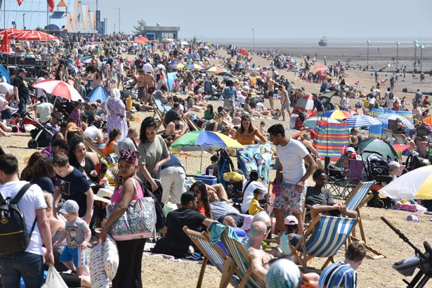 Lockdown rules are already pretty relaxed as it is - as these photos from Southend-on-Sea yesterday show