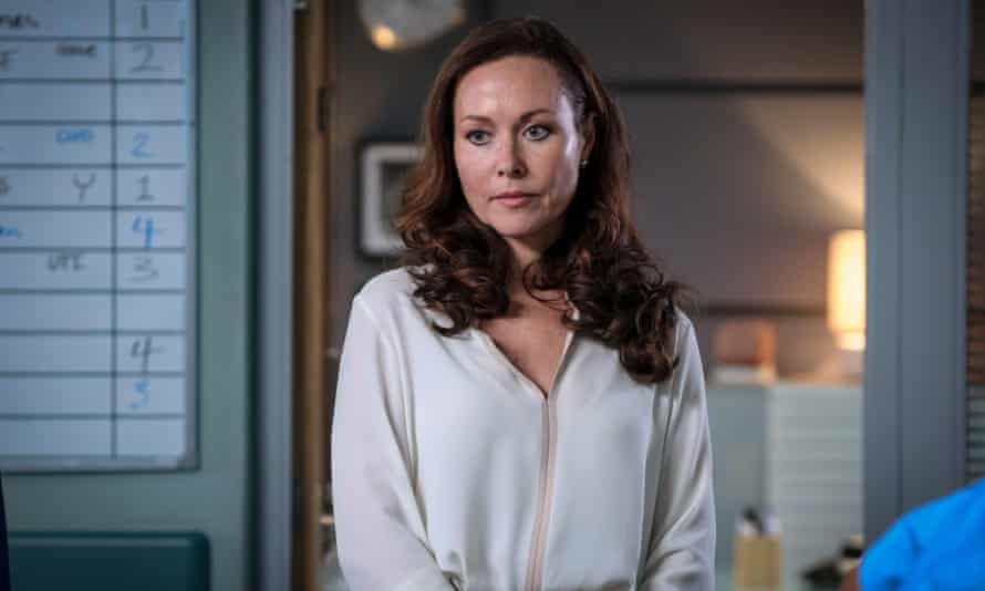 Amanda Mealing in Holby City