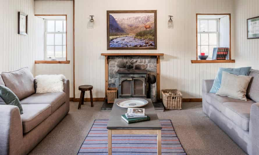 Deanich Lodge's comfortable sitting room