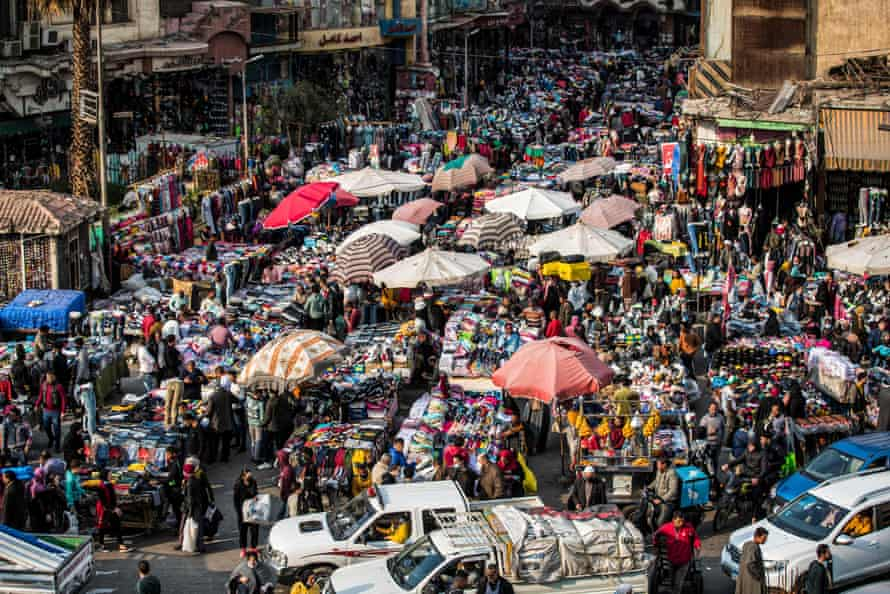 Street vendors in the central Attaba district of Cairo, on February 2021