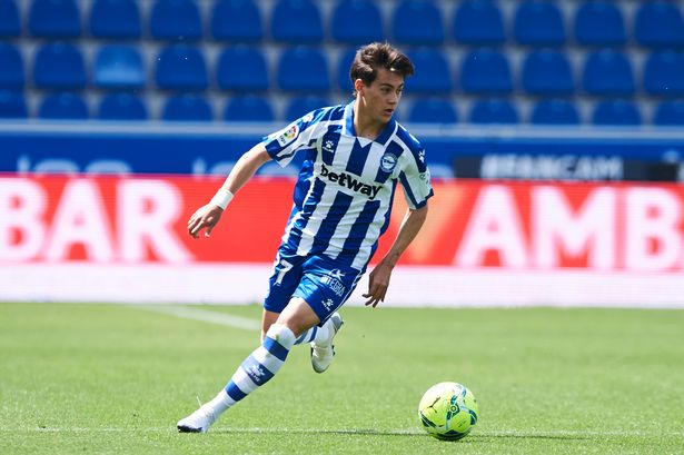 Facundo Pellistri could head out on loan to Alaves for a second season
