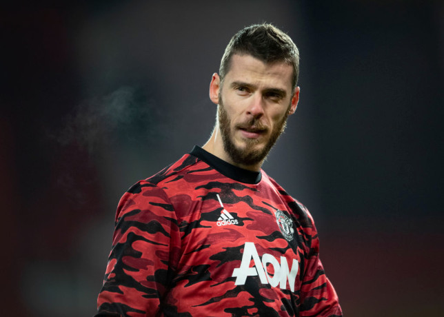 David De Gea's ex-coach says the goalkeeper is being let down by Manchester United's defenders