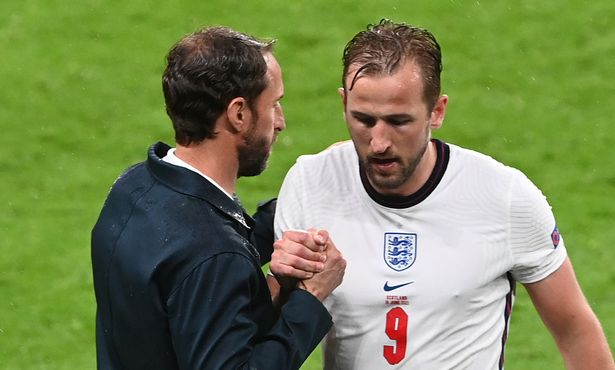 Harry Kane has told his England team-mates they must dust themselves down